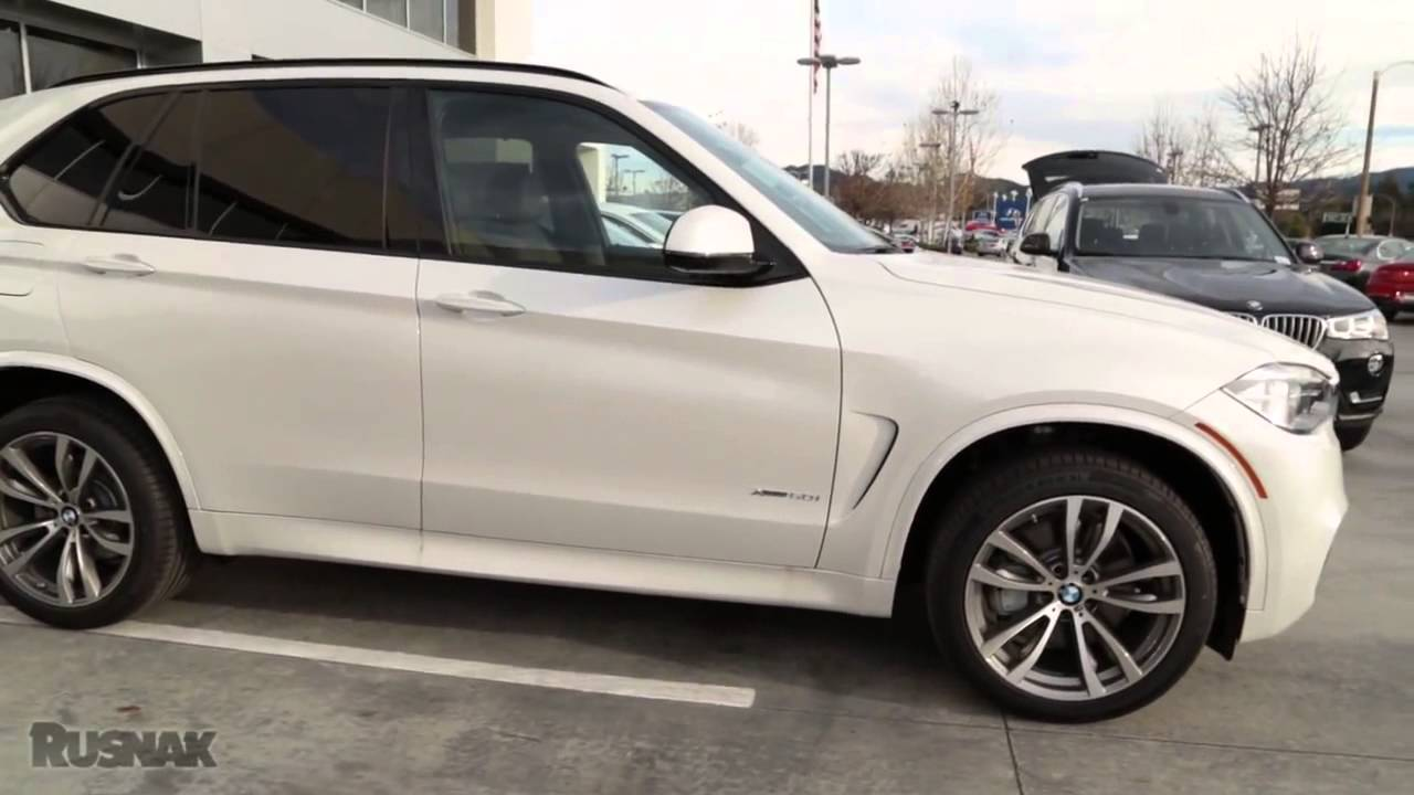 This x3, if you need reminding, is bigger than bmw's first sav (ugh), the x5. BMW X3 vs X5 - YouTube