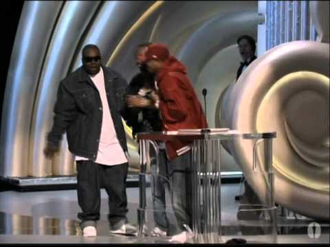 Its Hard Out Here for a Pimp Wins Original Song: 2006 Oscars