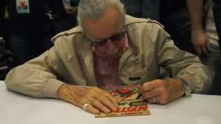 Stan Lee Signing Some Incredibly Special Comic Books! + Special Guests!