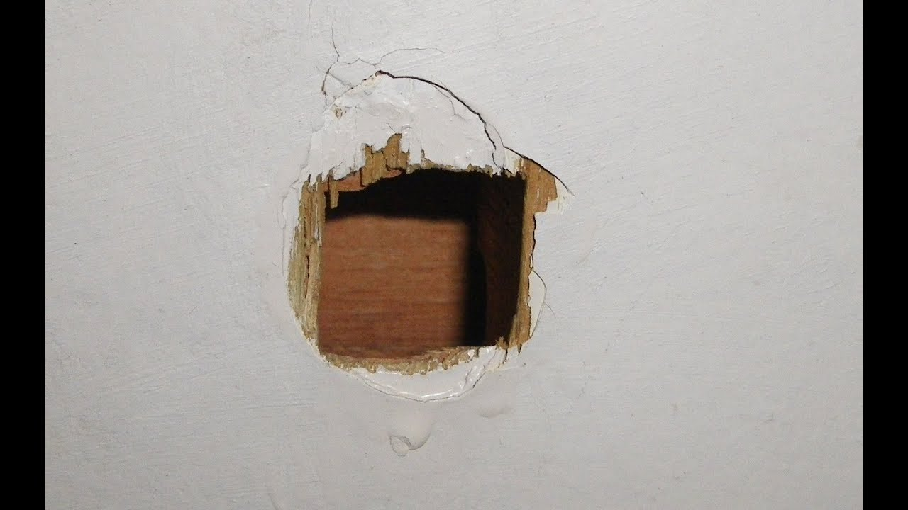 Reparar puerta hueca youtube for Como arreglar una puerta de madera