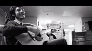 TIAGO IORC - Um Dia Após o Outro {feat. Daniel Lopes} thumbnail