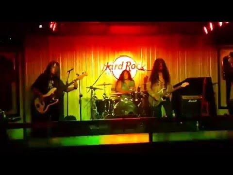 Awesome Touch Mahal band Malaysia KL Hard Rock cafe 30-11-2015