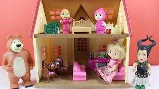 Maşa İle Koca Ayı İki Katlı Oyuncak Büyük Evde Oyun Oynuyor Masha and the Bear