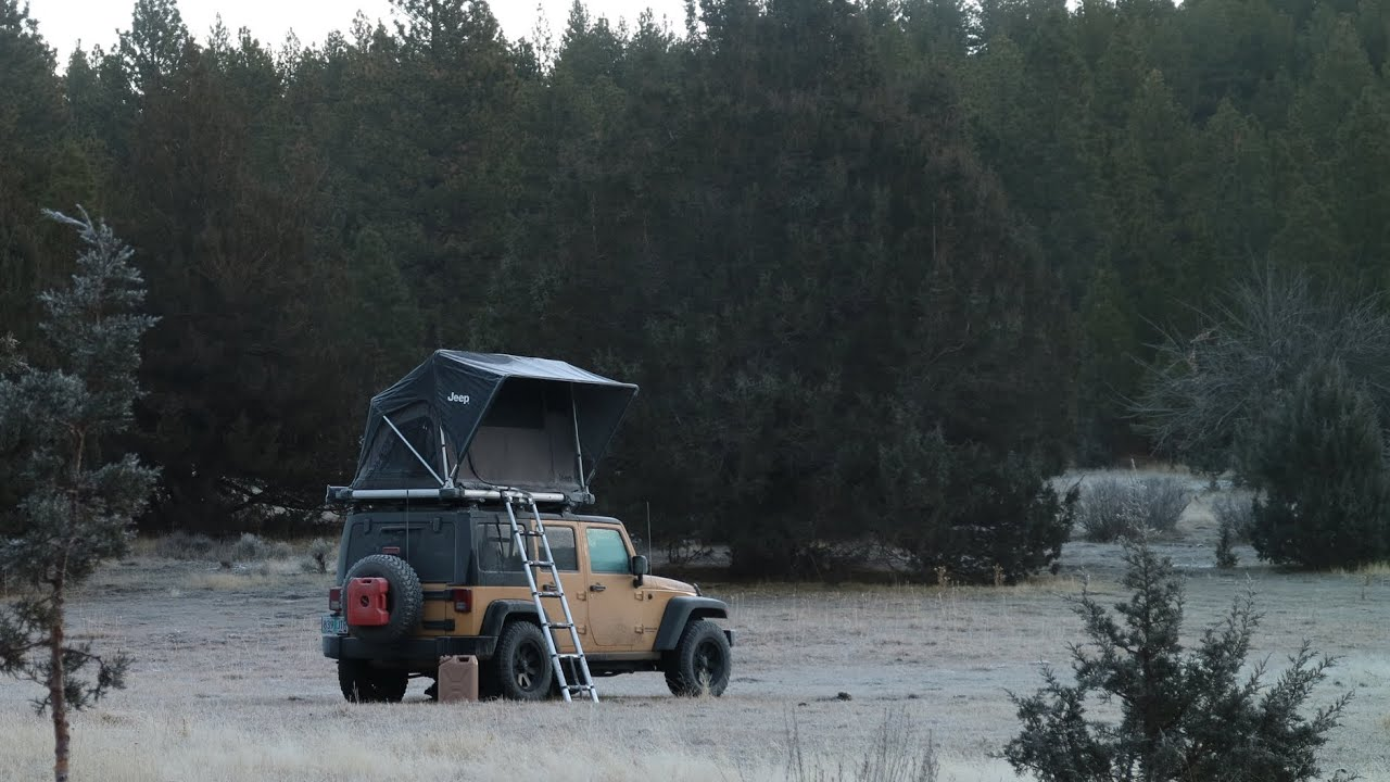 winter-car-camping-in-the-high-desert-jeep-wrangler-rooftop-tent-camping