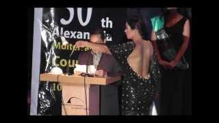 فستان لقاء الخميسي العاري في مهرجان الإسكندرية يثير الجميع