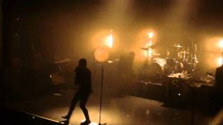 Angels and Airwaves - Everything's magic (live @ La Cigale, Paris 30-01-2011)