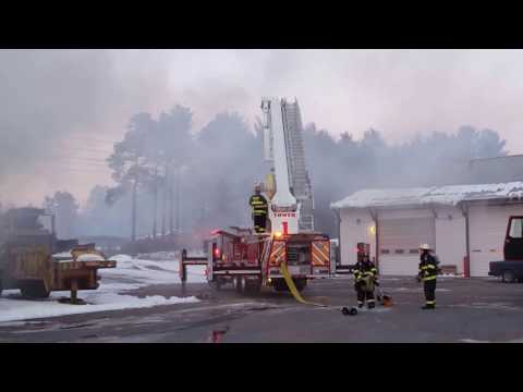 Structure Fire- Queensbury, NY (On scene footage w/ roof collapse and FF evacuation)
