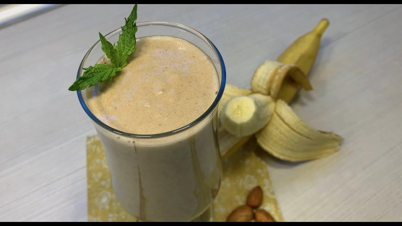 Смузи из банана с кокосовым молоком и овсянкой/Banana smoothie with coconut milk and oatmeal