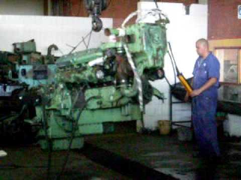 Detroit diesel 12v 71 denis motor en la grua puente for La puente motors inc