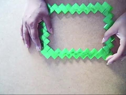 12. Como hacer marco con botellas plasticas (Reciclaje de PET) Ecobrisa