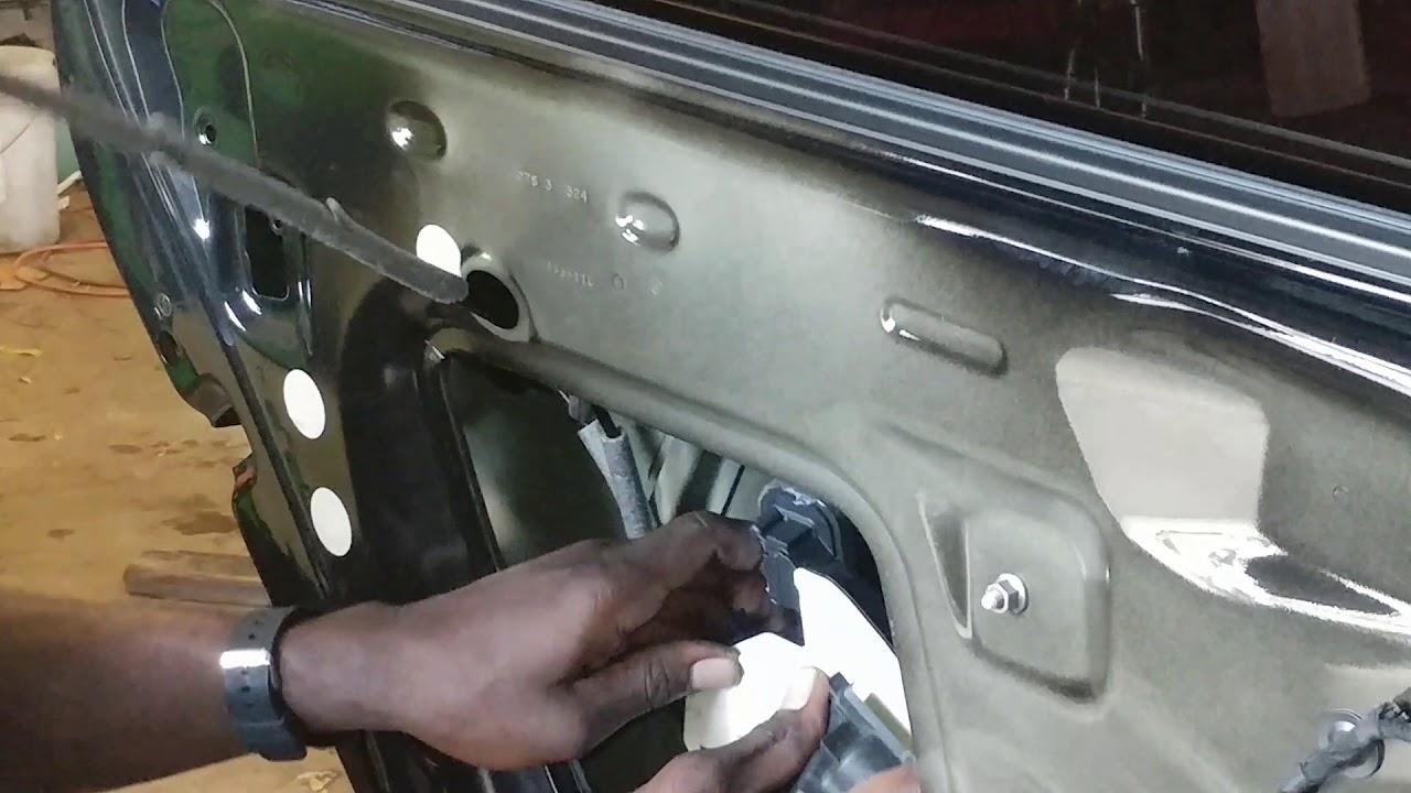 Volkswagen Passat Rear Door Latch Replacement Youtube