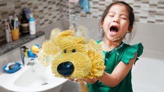 와!! 완전 차가워~~ 서은이의 강아지는 목욕중 보드게임 핑크퐁 아기상어 산책 Puppy Take Bath Board Game for Kids