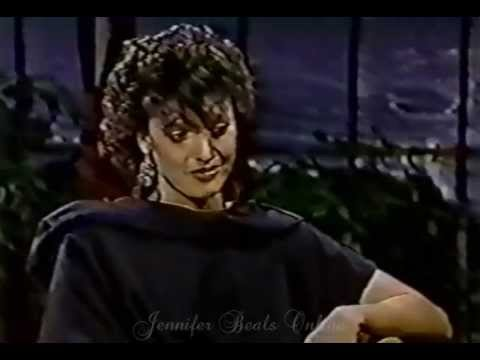 Jennifer Beals  : The Tonight  w Johnny Carson April 29, 1983
