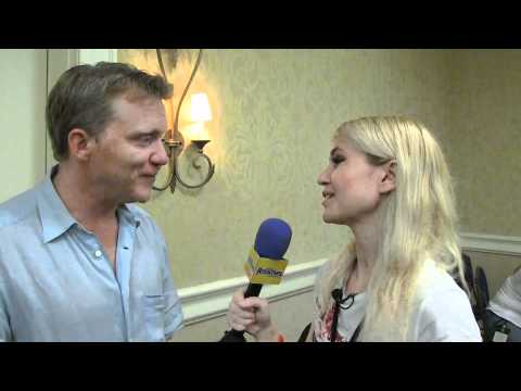 Interview with Anthony Michael Hall at Spooky Empire May-Hem