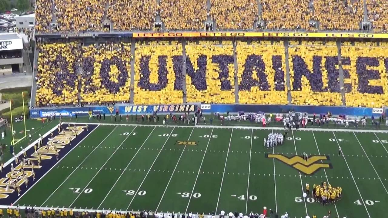 West Virginia Mountaineers Card Stunt
