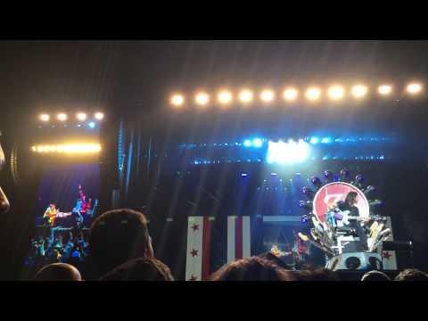 Story of Dave Grohl's Throne 7/4/2015 @RFK Stadium