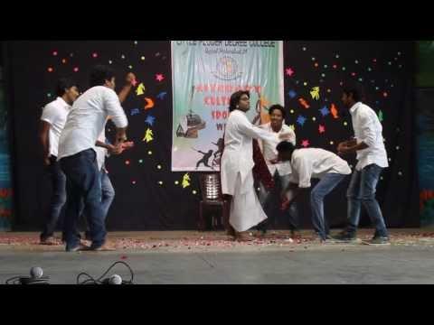Kevvu Swami - Attarintiki Daredi Video Song, By Pawan Fans