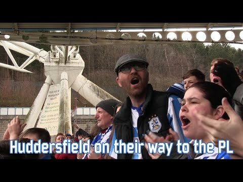 Huddersfield on their way to the Premier League  (Huddersfield - Leeds United)