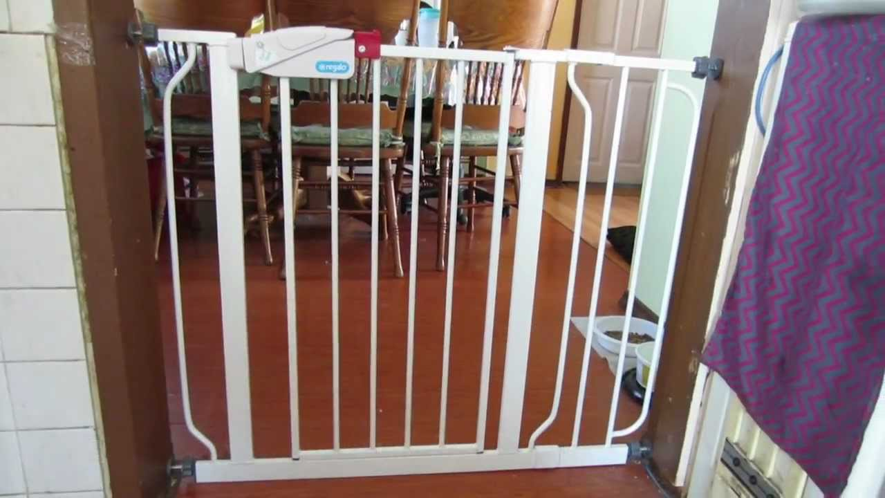 Regalo Easy Step Walk Thru Baby Gate Youtube