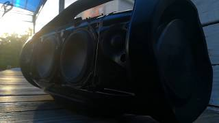 JBL BoomBox - Bass Test Low Frequency Mode