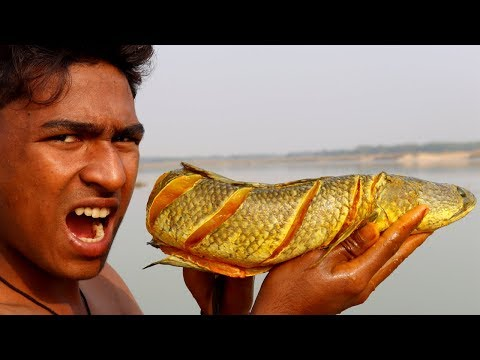 Primitive Technology - Find and Cooking a Big Fish In Clay Ball | Eating Delicious Fish
