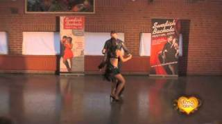Видео: Luis and Eva at the Swedish Bachata Festival -2010.m4v