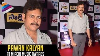 pawan kalyan at mirchi music awards 2016   pawan kalyan latest videos   pics   telugu filmnagar