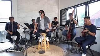 Paksi Band Tul Jaenak Keroncong Modern