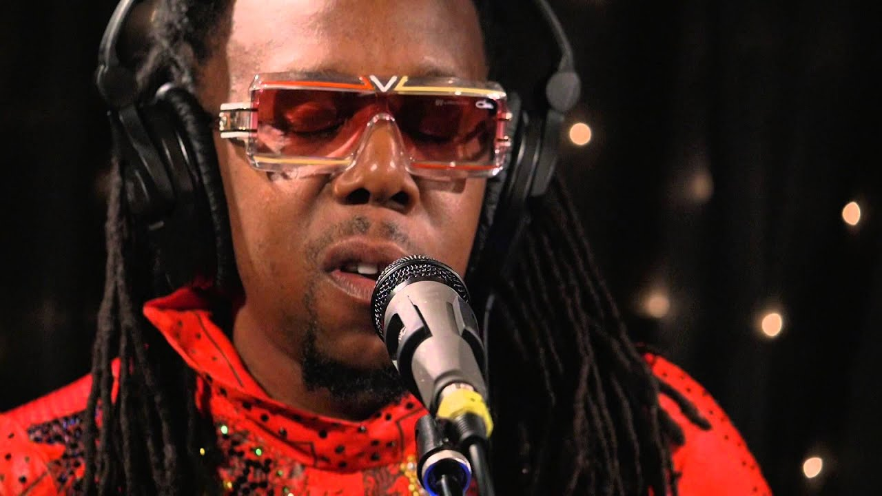 Shabazz Palaces - They Come In Gold (Live on KEXP)