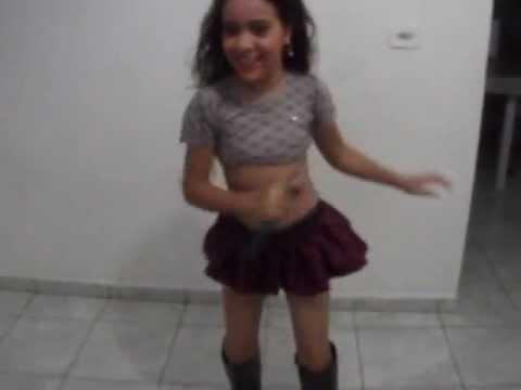 Kethelyn Dançando Calypso