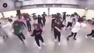 Download lagu 欅坂46 Keyakizaka46 ガラスを割れ dance practice MP3