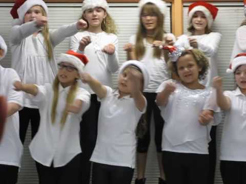 Moon Lake Elementary School Holiday concert 2016-Jolly Old St.Nicholas