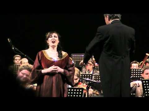Clara Polito canta Casta Diva