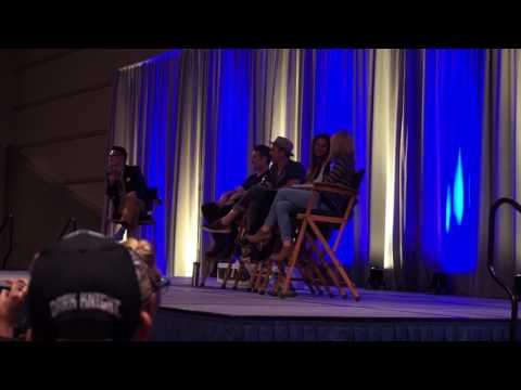Buffy Cast Reunion  Sacramento Wizard World Comic Con Part Two