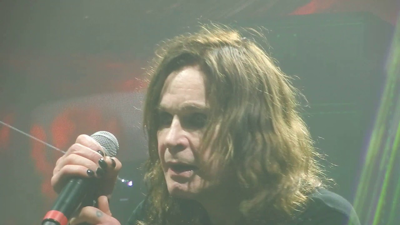 08452a5fc Live Review: Ozzy Osbourne shines bright on damp night at Jones Beach (9/8)