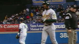 Porter's RBI hit gives A's 11-1 lead thumbnail
