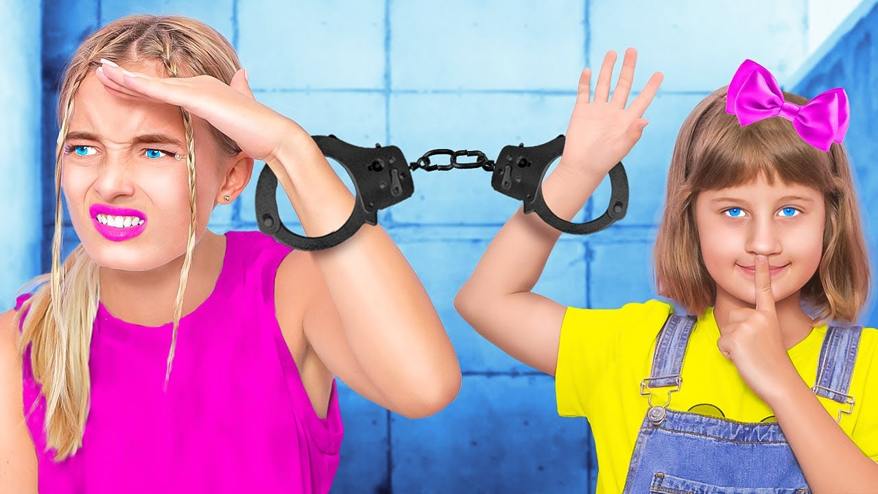 In JAIL with MY SISTER - CHILD VS HIGH SCHOOL   I am a babysitter - Sibling Struggles by La La Life