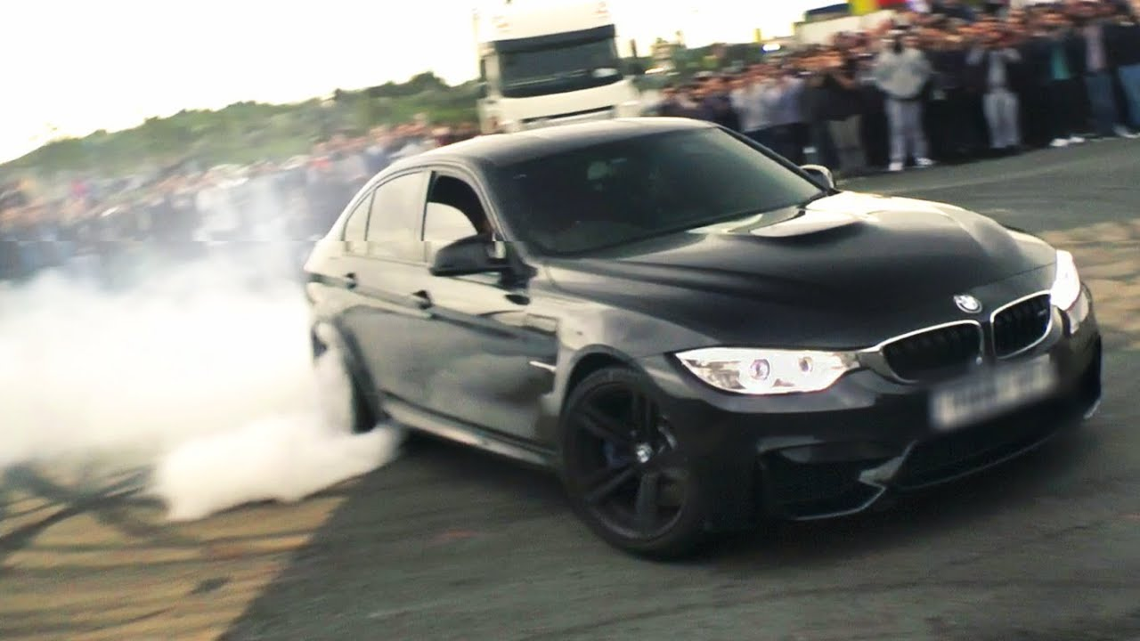 F80 BMW M3 donuts at Ace Café