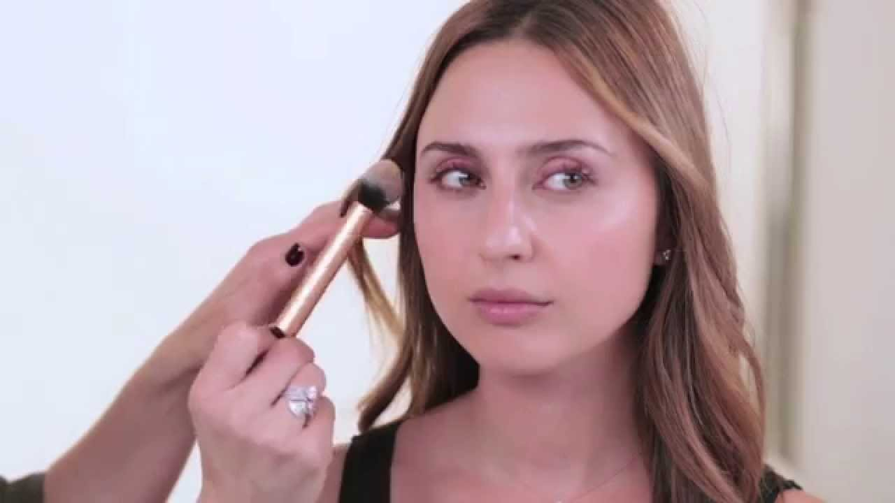 Download Red Carpet Skin by Celebrity Makeup Artist Monika Blunder