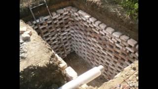 видео Делаем сливную яму