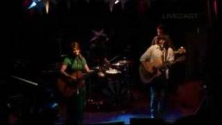 angus julia stone private lawns live at the vanguard