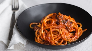 Bucatini all'Amatriciana at Lupa