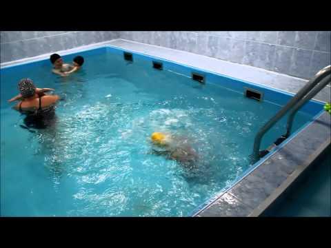 КАК ПРАВИЛЬНО КУПАТЬ РЕБЕНКА, первое купание