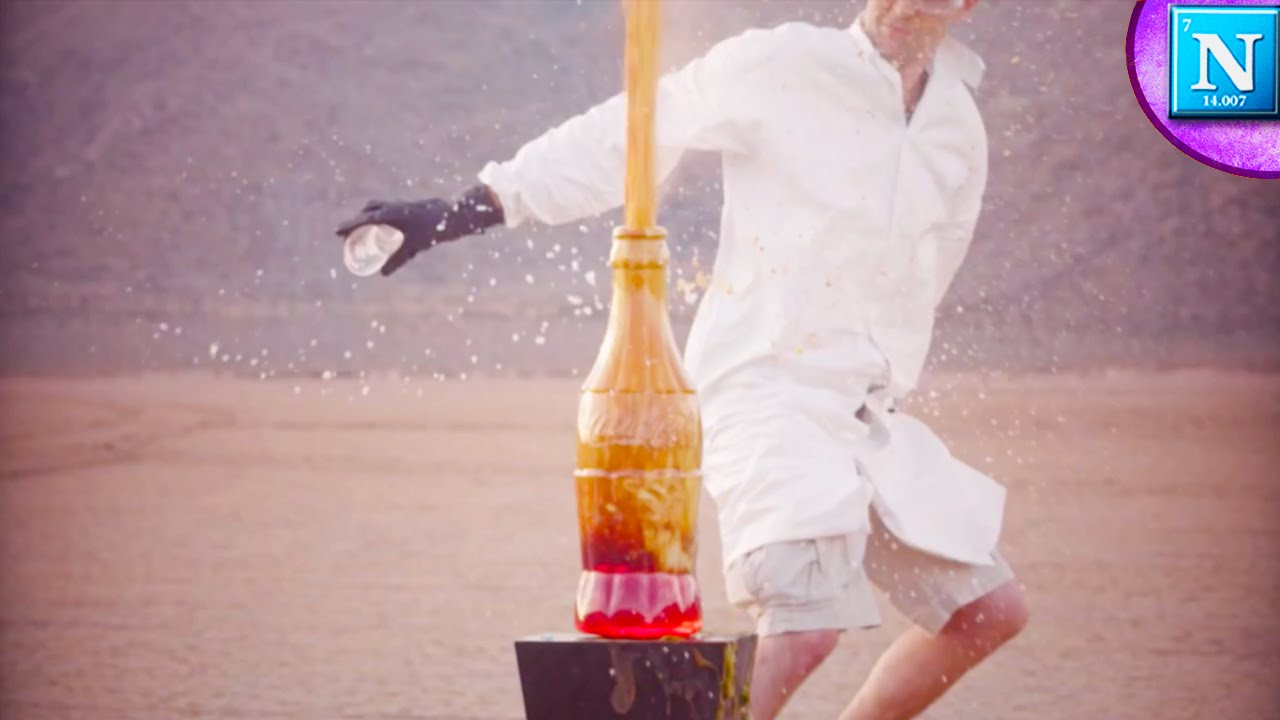 Huge Exploding Foam Fountain Hydrogen Peroxide Potassium Iodide Youtube