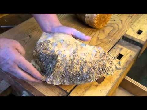 Figured Wood reading grain in woodturning