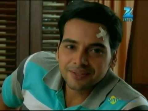 Download Afsar Bitiya   Best Scene   March 28 '12   Mitali Nag, Kinshuk Mahajan   Zee TV