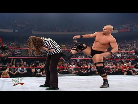 Stone Cold Vs William Regal - Stephanie As Guest Referee 1/1/2001