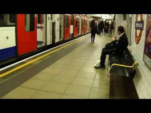 Victoria Line Oxford Circus station