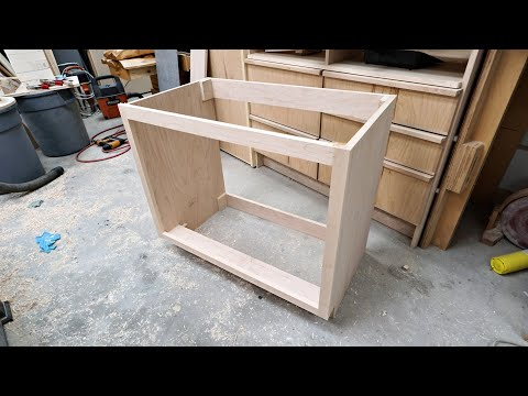 making-a-bathroom-vanity-cabinet-with-drawers---woodworking
