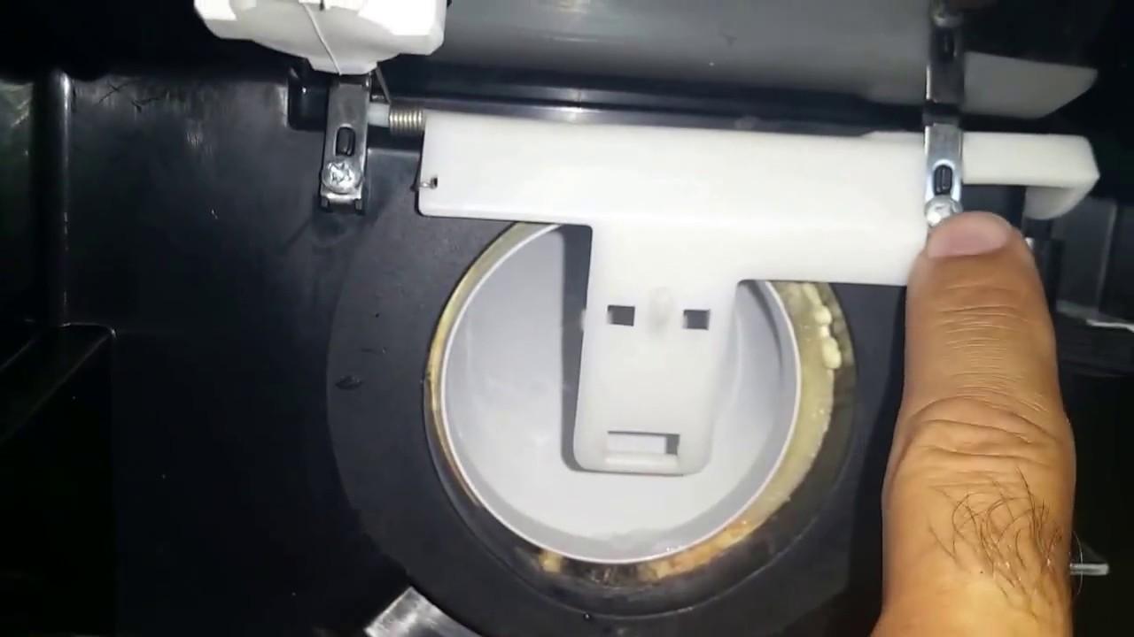 fix ge refrigerator psc25msw part wr17x11653 ice door flapper  [ 1280 x 720 Pixel ]
